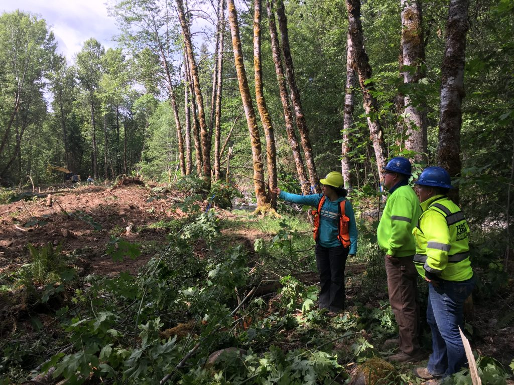 A project manager from the Middle Fork Ranger District shares the vision with our contractors from Haley Constructions.